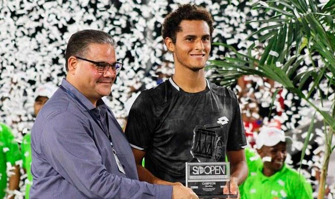 ¡Otra vez en la cima! Juan Pablo Varillas se coronó campeón del ATP 125 de Santo Domingo