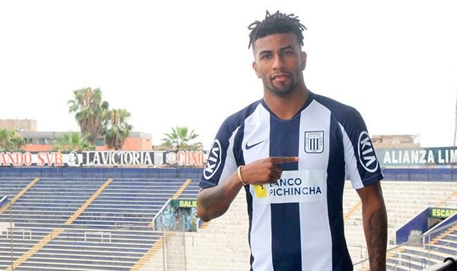 Carlos Ascues, Alianza Lima