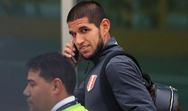 Luis Abram Real Betis selección peruana