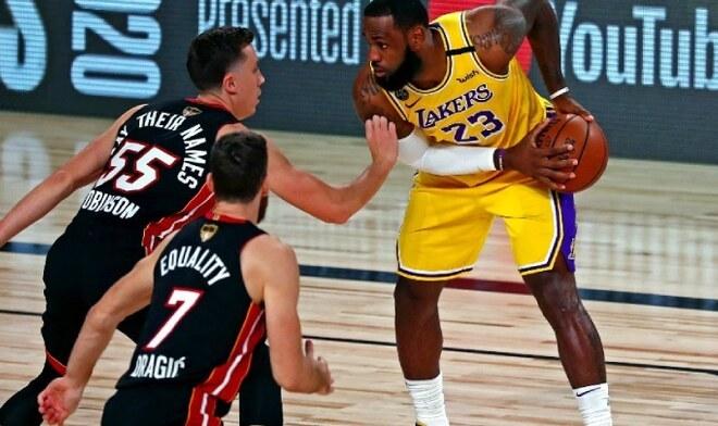 Lakers vs Miami Heat