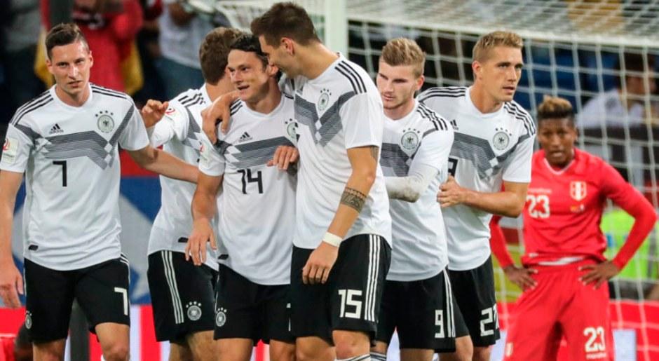Alemania ganó con goles de Brandt y Schulz y así logró remontar un duro encuentro ante Perú.