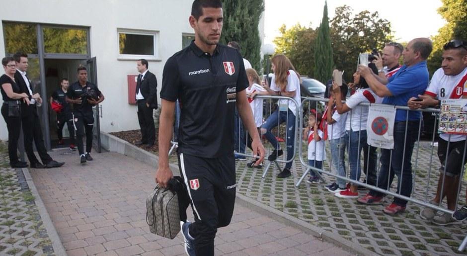 Selección Peruana rumbo al Rhein Neckar Arena para partido ante Alemania