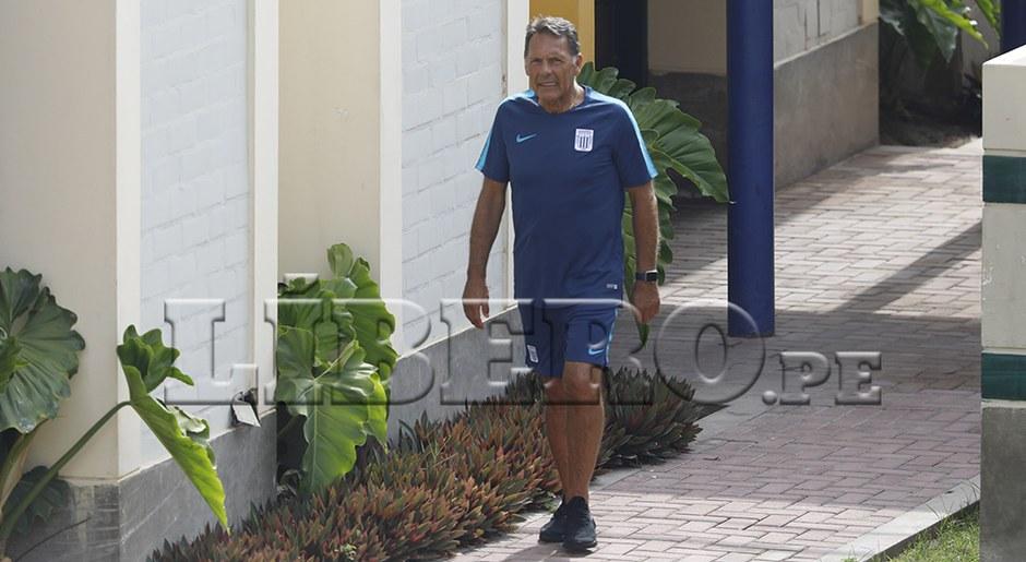 Miguel Ángel Russo tiene la dura tarea de sacar campeón a Alianza Lima.
