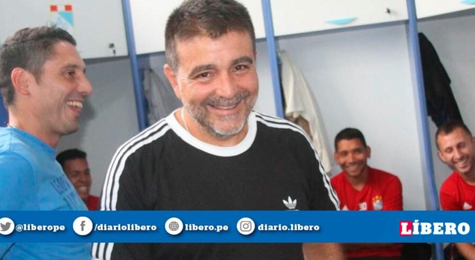 Sporting Cristal: La felicidad de Claudio Vivas y los jugadores 'celestes' en su primer encuentro | Galeria | Carlos Lobatón | Horacio Calcaterra | Jorge Cazulo